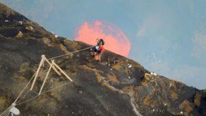 اسکرین-شات-Nature-Living-Volcanoes